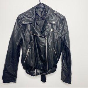 Forever 21 Black Moto Jacket Faux Leather Size medium